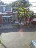 El Sal security on street